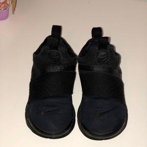 SOLD! 🔥🔥🔥Nike Presto Sneakers